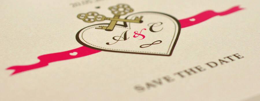 Beispiel: Save-the-date (Royales Design), Foto: Annette Bleichert {GrafikNEST}.