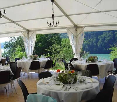 Beispiel: Hochzeitsgedeck, Foto: Urs Hauri.