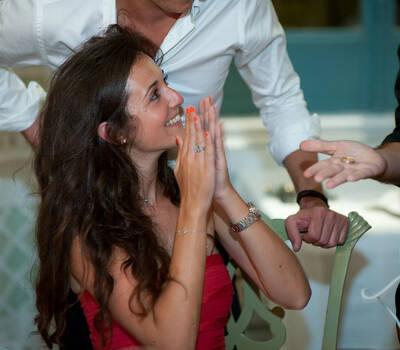 Animação durante a refeição em casamento, por Magic Days