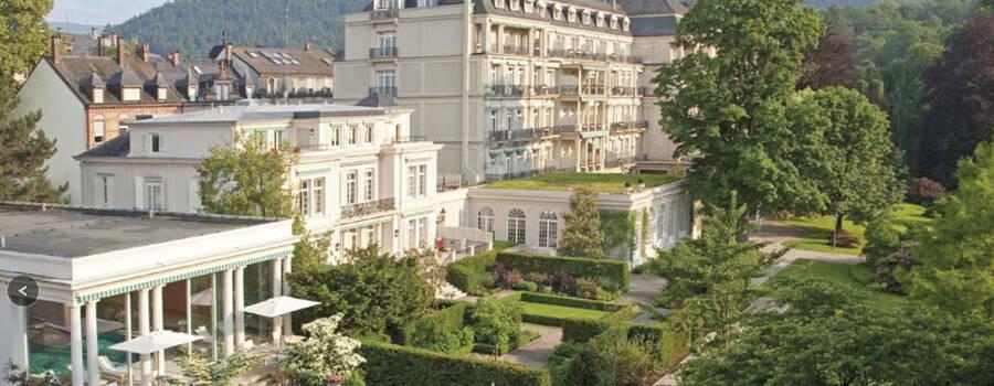 Beispiel: Aussenansicht Brenner ́s Park Hotel und Spa Foto: Brenners Park Hotel und Spa.