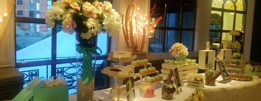 Las mesas de dulces 100% personalizadas son tla mejor opción  para tu boda.