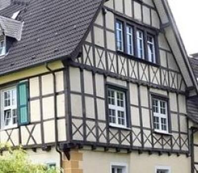 Beispiel: Vorderansicht, Foto: Rittergut Haus Laer.