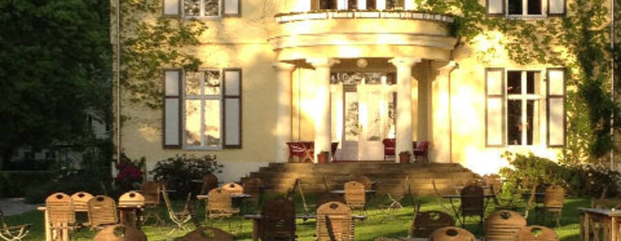Beispiel: Das Schloss, Foto: Gut Schloß Golm.