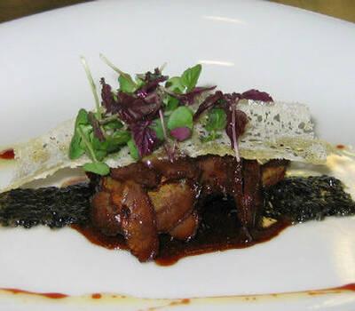 Beispiel: Saftige Fleischgerichte, Foto: Kuffler Catering.