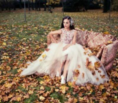 Beispiel: Brautkleid von Solaine Piccoli, Foto: PETRA PABST Braut- und Abendmode.