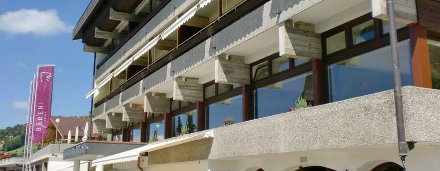 Beispiel: Außenfassade des Hotels, Foto: Bären Sigriswil.