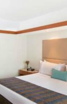Sonesta Hotel El Olívar