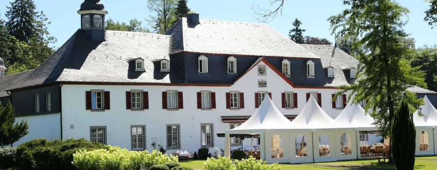 Beispiel: Außenansicht, Foto: Schloss Auel.