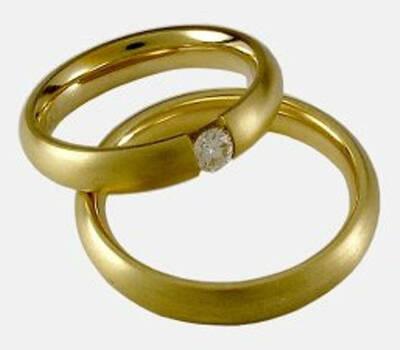 Beispiel: Trauringe, Foto: Juwelier Anton Koppenwallner.