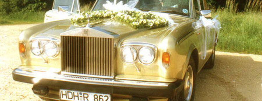 Beispiel: Das perfekte Auto für Ihren großen Tag, Foto: Classic Car Chauffeur Service.