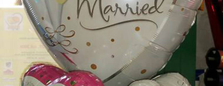 Beispiel: Hochzeitsballon, Foto: Krickl Ballons.