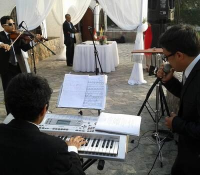 Boda civil y religiosa La casita de Cieneguilla.