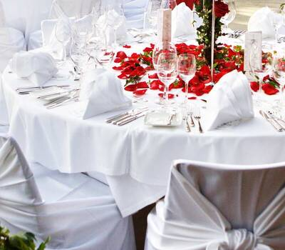 Beispiel: Saal Hochzeit Catering, Foto: Maiergrill AG • Eventcatering & Vermietung.