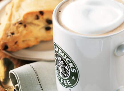 colazione allo Starbucks Coffee per due persone