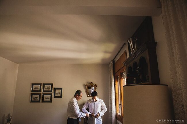 Noivos se preparando para o casamento. Foto: Cherry Waves