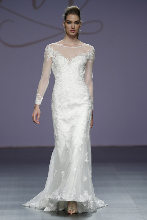 Watch Pronovias Fall 2019 Bridal Collection video