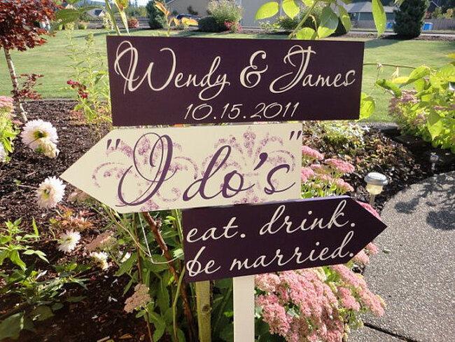 Plaquinhas e cartazes para seu casamento. Foto: Etsy