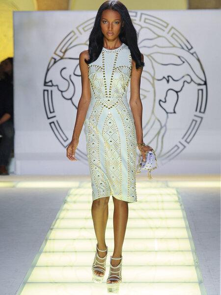 Collezione P/E Versace Foto: www.versace.com