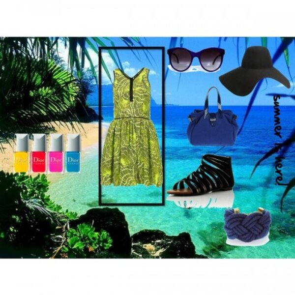 Vestido de Topshop, Sandalias de bankfashion.co.uk,  Gafas de sol de Gargyle.com,  Sombrero de Lanvin