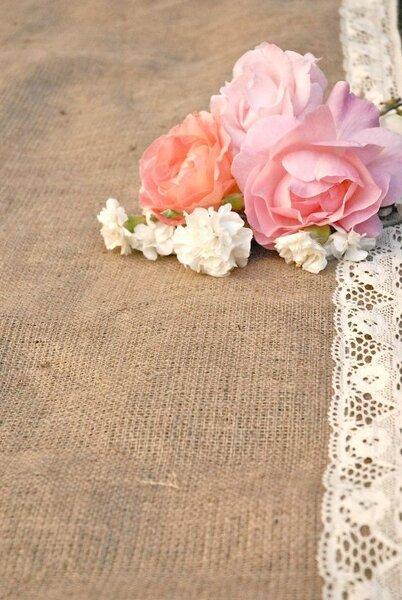 Parterre pour les mariés - Photo: Etsy