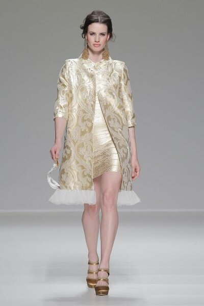 Vestido de fiesta Matilde Cano 2014