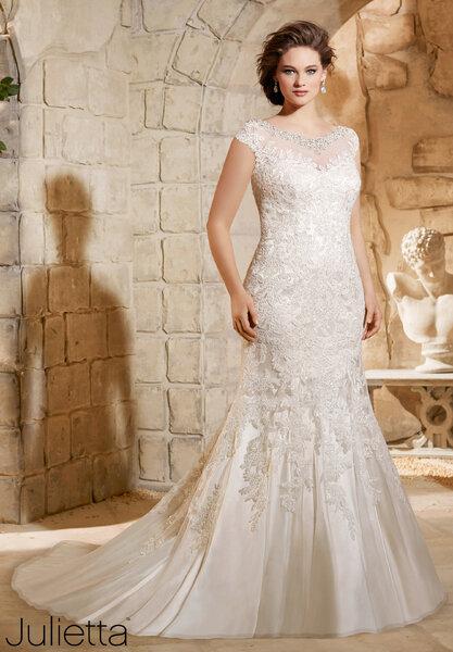 Vestidos de novia tallas grandes 2016 luce tus curvas con mucho estilo