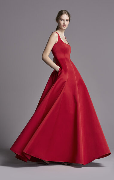 Вечернее красное платье Carolina Herrera