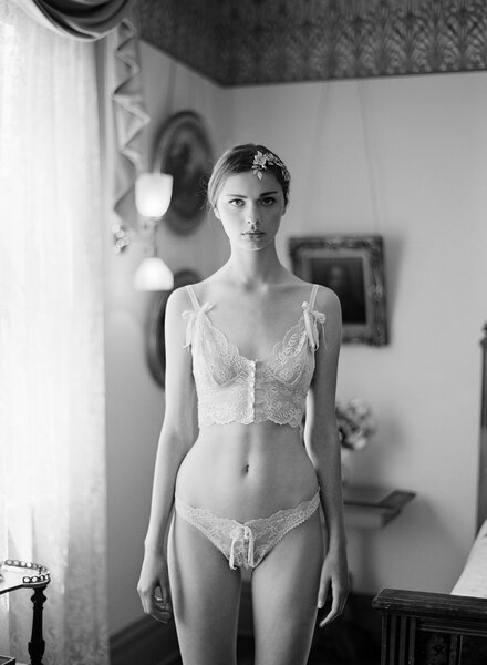 Bruidslingerie Claire Pettiebone, collectie Aberdeen