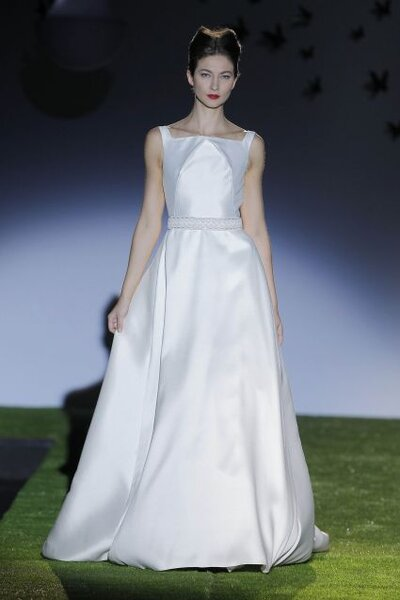 Vestido de novia de Miquel Suay 2014