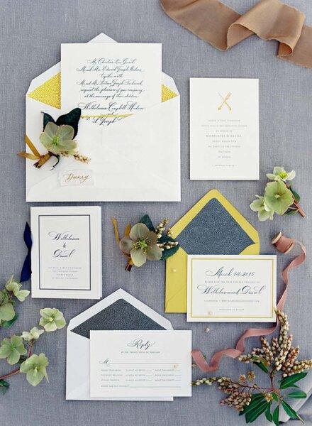 Zeitlose Hochzeitseinladungen für das ganze Jahr