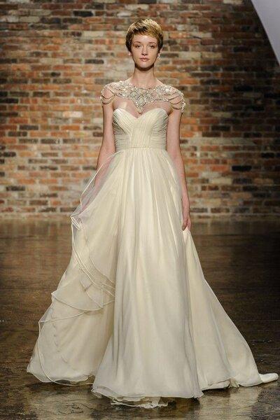 Vestido de novia con joyas incorporadas - Foto Hayley Paige