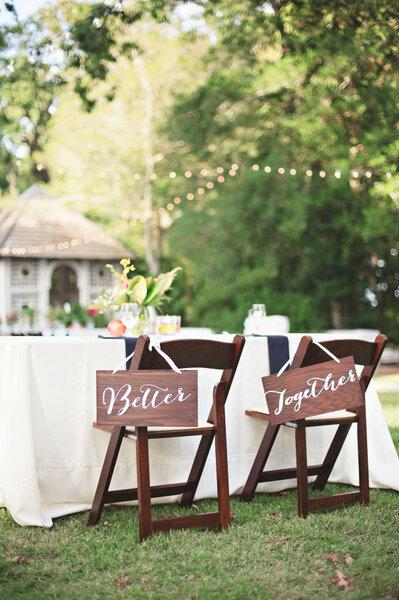 29 ideias LINDAS para decorar as cadeiras do casamento em 2016 Image: 16
