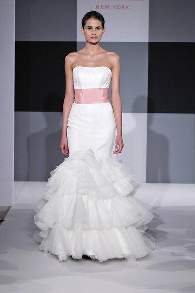 Robe de mariée Isaac Mizrahi collection 2013