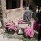 Adorables detalles para tu boda: rosas, velas y jaula vintage