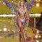Candice Swanepoel desfilando para Victoria´s Secret.