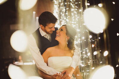 Dayene e Paulo: casamento rústico-chic mega romântico em Curitiba!
