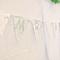 Decoración de boda con tira de banderines