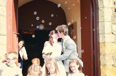 Découvrez le mariage dans la Sarthe de Mathilde et Simon, tombés amoureux en plein bal de promo