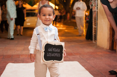 ¿Cómo deberían ir vestidos los pajecitos para tu boda? ¡Te damos las mejores ideas!
