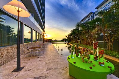 Holiday Inn Cartagena Morros: un hotel moderno para casarse y vivir una luna de miel exclusiva en Cartagena