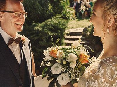 Reportaż ślubny , w którym poczujesz ciepło zachodzącego słońca, szyk i ogrom miłości!