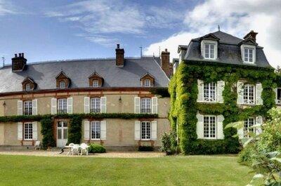 Découvrez le Château de la Noë Vicaire, un véritable îlot de calme et tranquillité pour votre mariage