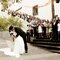 9. No final da cerimónia o noivo beijou a noiva.