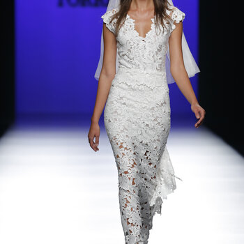 Roberto Torretta Primavera-Verano 2016: diseños perfectos para una mujer urbana