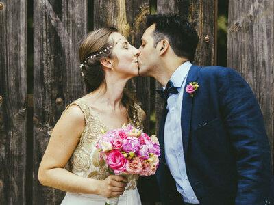 ¿Se casa una de tus amigas? Mejor evita darle alguno de estos 17 consejos