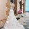 Suknia ślubna z trenem i wycięciem na plecach, Foto: Sincerity Bridal 2015