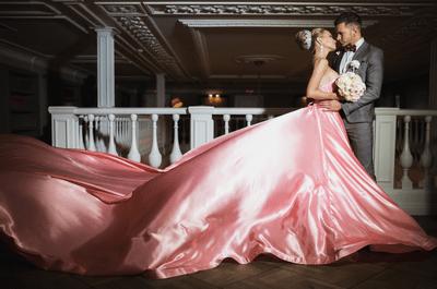 Снова жених и невеста: свадебная фотосессия Евгении Феофилактовой и Антона Гусева