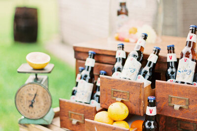 7 estaciones de bebida en tendencia que debe haber en tu banquete de boda