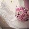 Ramo de novia de peonias color rosa. Foto: Fran Russo