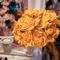 Já pensou em se casar com um buquê amarelo? Flor de cor. Foto: Cuca Bordon
